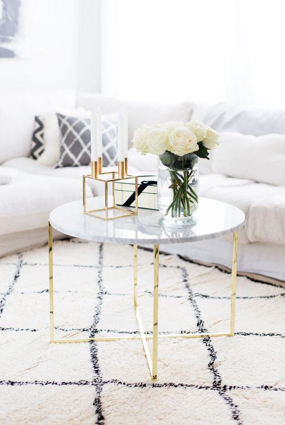 mesa marmol dorado