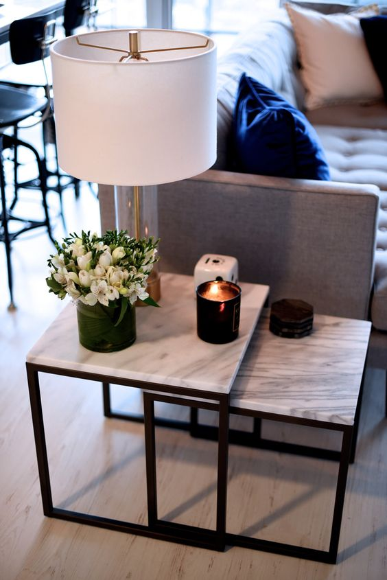 mesa marmol auxiliar