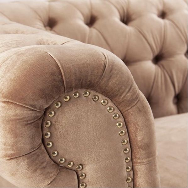 sofa capitone crema